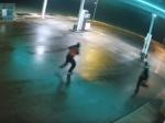 Polícia zverejnila nové video z pumpy, na ktorej zavraždili predavačku