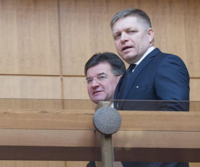 Robert Fico očakáva, že Miroslav Lajčák sám oznámi pokračovanie vo funkcii ministra
