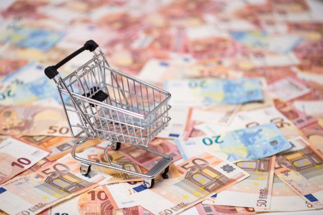 NRSR schválila osobitný odvod pre obchodné reťazce vo výške 2,5 % z obratu