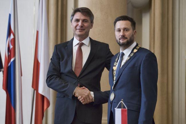 Vallo: Funkcia primátora Bratislavy nie je pre mňa prestupná stanica