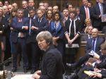 Britská premiérka Mayová odložila hlasovanie o brexite