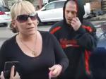 Video: Žena nechcela zbierať exkrementy po svojom psovi. Tento muž to však nestrpel