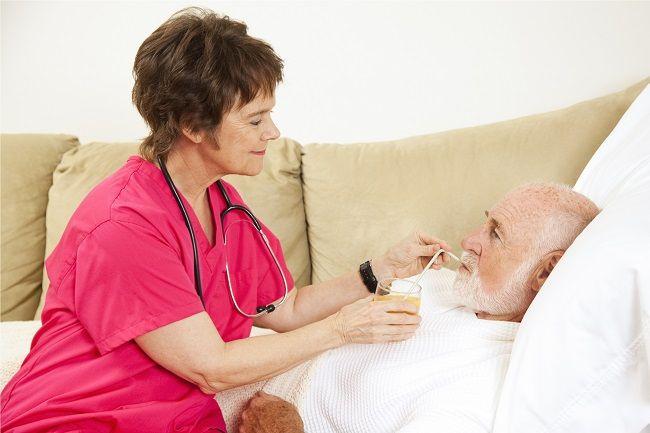 Revolučný objav: Tento antibiotický kokteil dokáže zvrátiť Alzheimerovu chorobu
