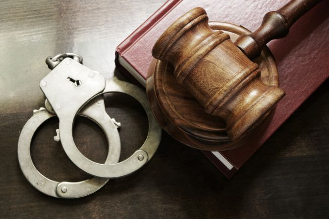 Mladíci dostali vyše 20 rokov za brutálnu vraždu vrstovníka
