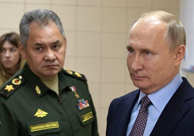 Ruské ministerstvo obrany navrhuje zákon umožňujúci zostreliť dopravné lietadlá