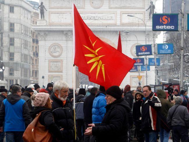 Macedónsko: Parlament schválil zmenu názvu krajiny