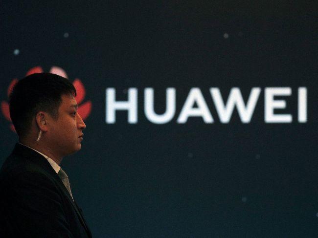 Koncern Huawei prepustil Číňana zadržaného pre podozrenie zo špionáže v Poľsku