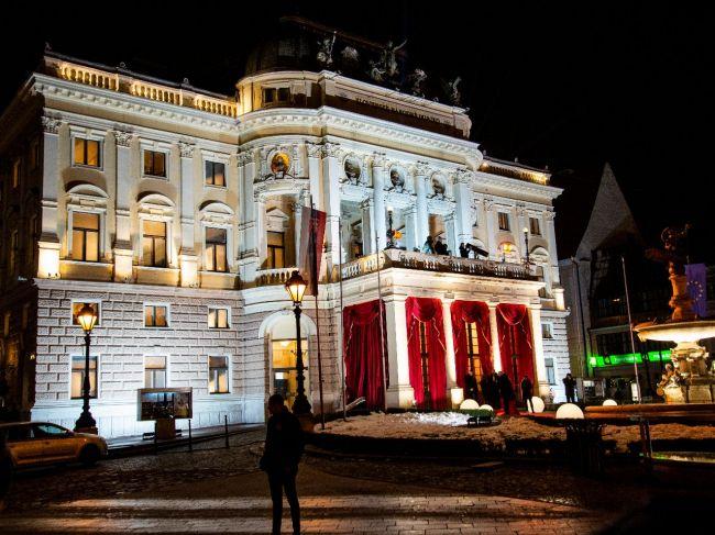 Ples v opere otvorila Terézia Drdulová, matka zdravotne znevýhodneného syna