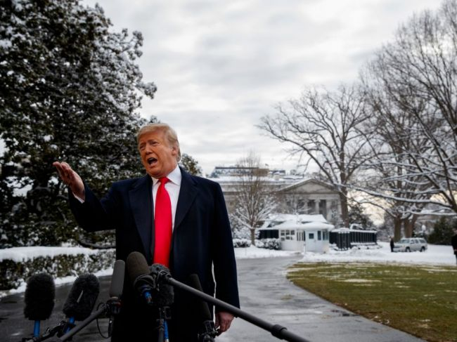 Trump tvrdí, že nikdy nepracoval pre Rusko