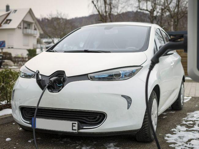Malé autá s elektrickým pohonom budú stáť až 30.000 eur