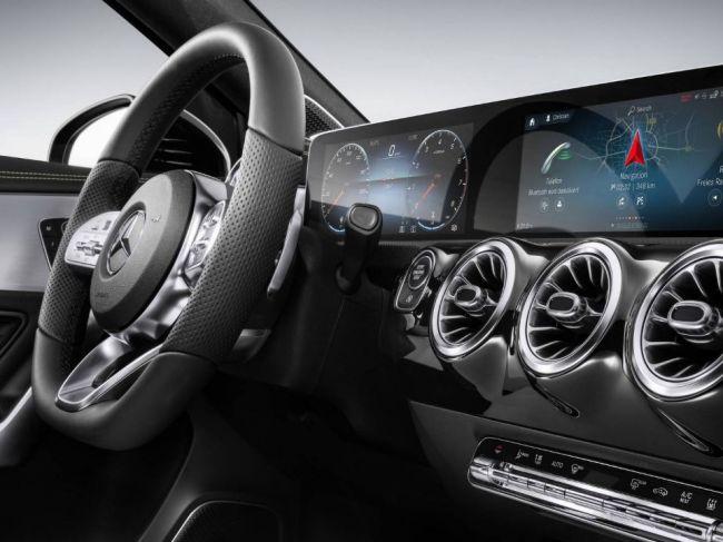 Mercedes začne ponúkať príplatkovú výbavu aj po kúpe vozidla! Má to však háčik