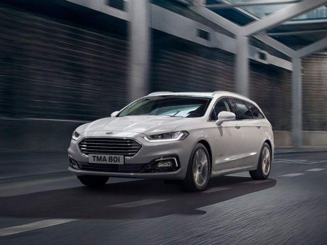 Ford ukázal vylepšené Mondeo, tentokrát aj ako hybridné kombi