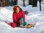Ak sa v zime zraníte na chodníku, máte nárok na odškodné