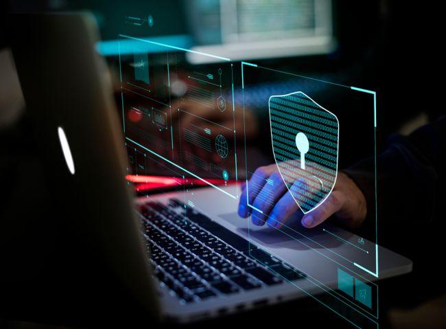 Ľudí zaujíma kybernetická bezpečnosť, podnetom sú veľké úniky dát