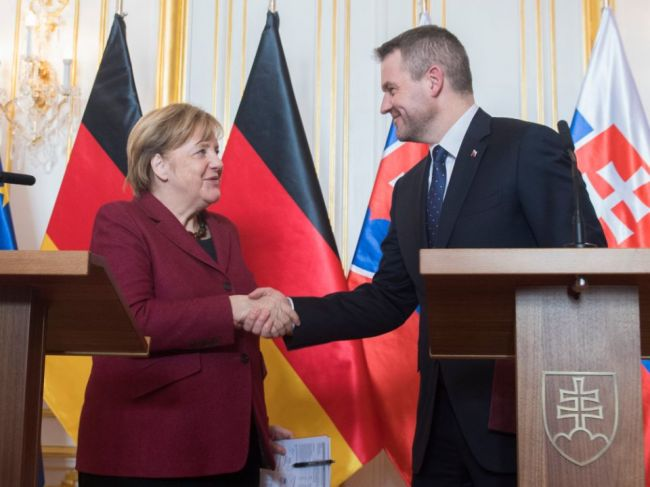 Premiér: Slovensko sa chce uchádzať o sídlo Európskej pracovnej agentúry