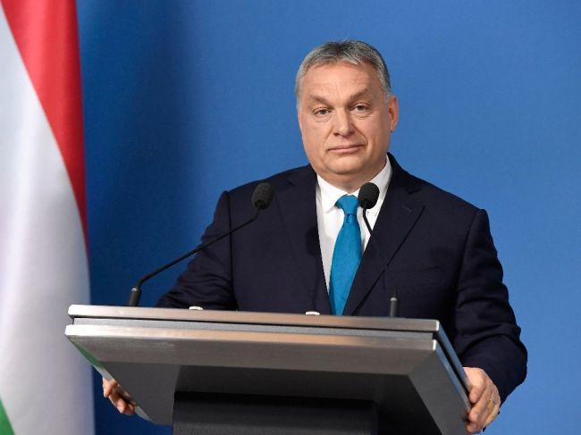Expremiér Gyurcsány označil Orbána za politického darebáka