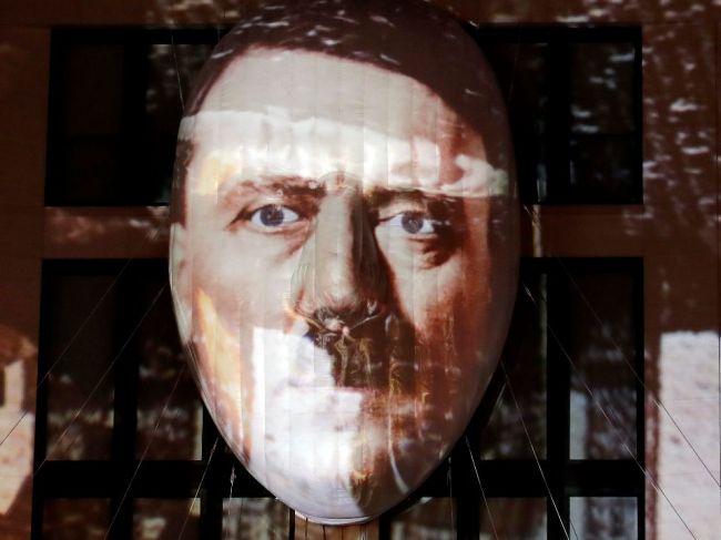 O maľby pripisované Hitlerovi nebol na aukcii v Norimbergu záujem