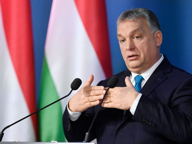 Orbán: Maďarsko sa za desať rokov postavilo na nohy