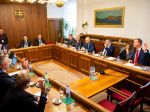 V koalícii sa črtá dohoda na zvolení šiestich kandidátov na sudcov Ústavného súdu SR