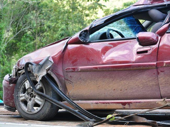 Ako správne vyplniť záznam o nehode? Takto by ste mali postupovať!