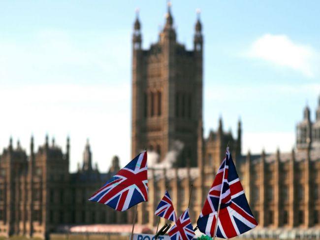 Slovákov z Británie by mohol prilákať rast miezd, voľných miest je dosť