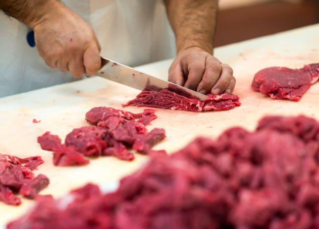 Most-Híd chce tiež uzákoniť povinnosť uvádzať pôvod mäsa v reštauráciách