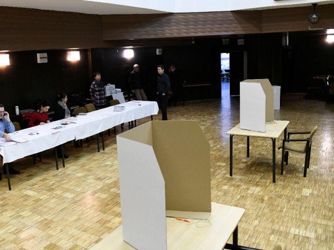 Volebné miestnosti sa otvorili, Slováci si volia nového prezidenta