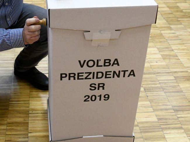 Aj v slovenských väzeniach postupne začínajú odsúdení a obvinení voliť