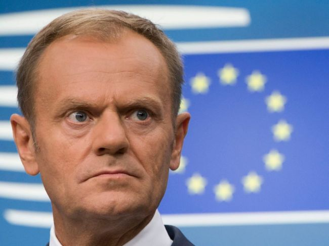 Tusk: Krátky odklad brexitu je možný, ak Británia schváli dohodu s EÚ