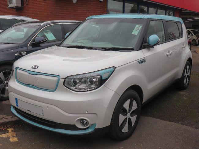 V Nórsku sa na dodanie elektrického auta čaká aj dva roky