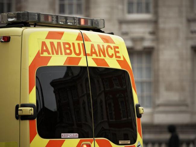 Traja Slováci v Británii zahynuli po tom, ako do ich auta čelne narazilo iné
