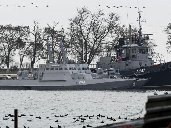 Moskovský súd predĺžil väzbu štyrom z 24 ukrajinských námorníkov