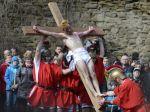 Kresťania v piatok spomínajú na deň utrpenia, ukrižovania a smrti Ježiša Krista
