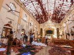 Počet obetí bombových útokov na Srí Lanke sa zvýšil na 290 mŕtvych