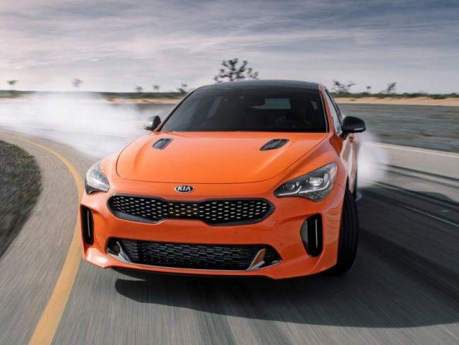 KIA Stinger GTS prichádza s vylepšeným pohonom a Drift módom!
