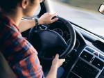Správnou technikou jazdy sa dá ušetriť nemálo paliva
