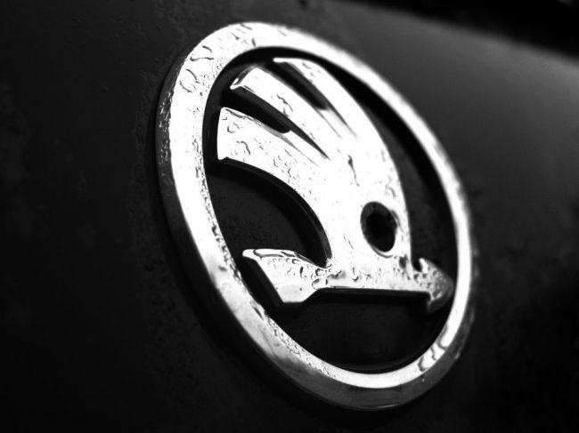 O nový závod Škoda Auto je veľký záujem, krajiny sa predháňajú v stimuloch