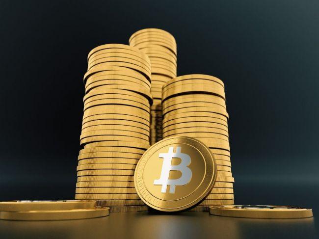 Bitcoin pokračuje v prudkom raste, cez víkend jeho kurz stúpol o vyše 1000 USD