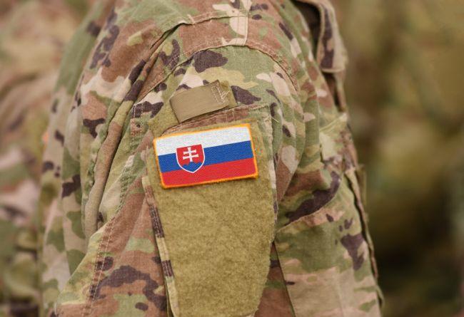 Vo vojenskej akadémii zomrel v noci 23-ročný vojak