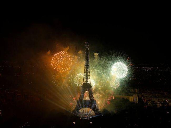 Eiffelova veža v Paríži oslavuje 130. narodeniny, bude veľkolepá svetelná šou