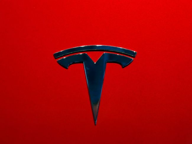 Autopilot vozidla Tesla bol zapnutý pri ďalšej smrteľnej nehode