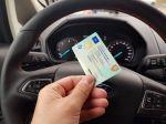 Kladivo na podvodníkov: Štát uľahčil nákup jazdeniek, o aute už zistíte skoro všetko