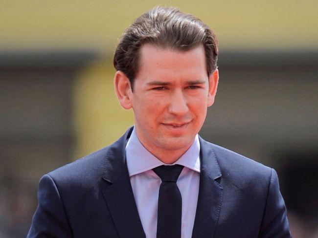 Rakúsky kancelár Kurz vylúčil spoluprácu s vicekancelárom Strachem