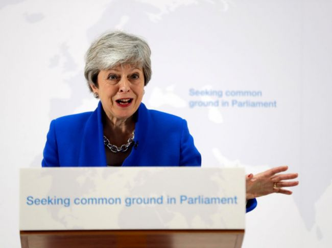Mayová: Súčasťou modifikovaného plánu brexitu by mohlo byť aj nové referendum
