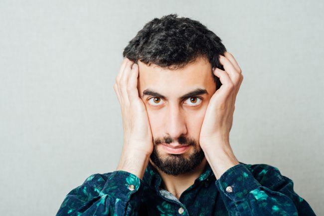 Varovný príznak nedostatku vitamínu B12 sa prejavuje na tvári