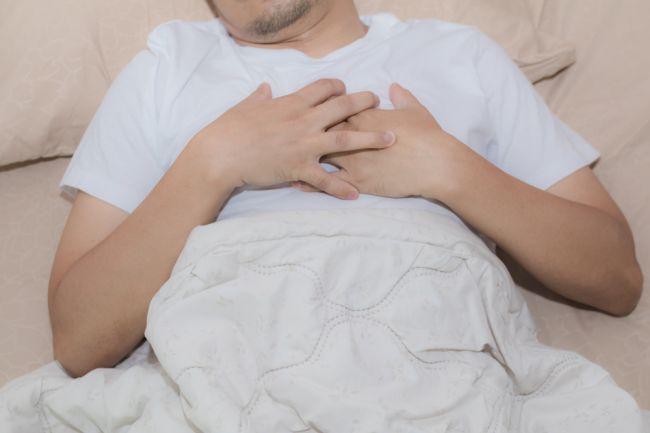 Skrytý znak problémov s tlakom, ktorý sa prejavuje v noci