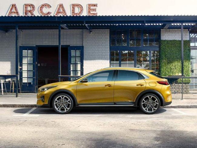 Coupe-crossover KIA XCeed na prvej oficiálnej fotografii - Toto bude bestseller!