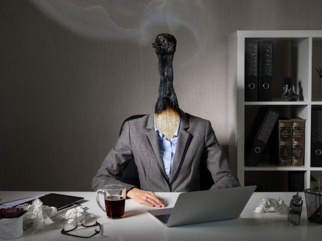 4 otázky, ktoré vám prezradia, či ste v práci vyhoreli