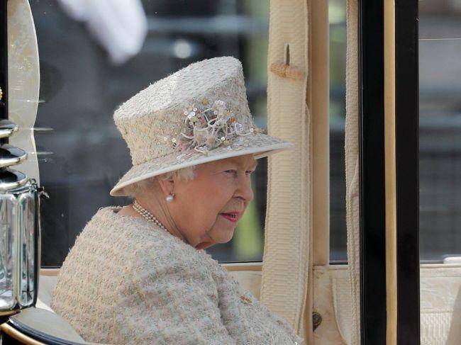 VIDEO: Bývalé sídlo britskej kráľovnej je na predaj