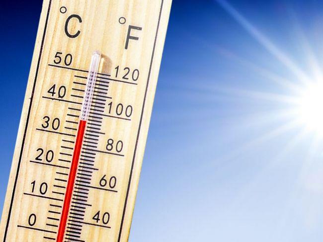 V sobotu popoludní udrú horúčavy, výstraha druhého stupňa platí pre tieto okresy